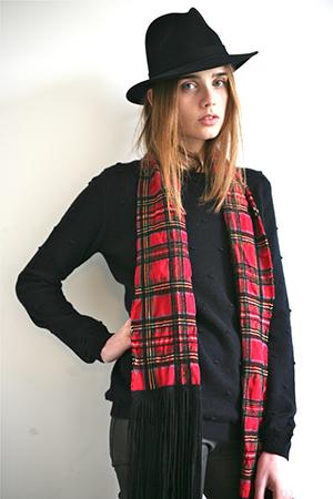 biancabrillanteyuri/Pip-Sweater