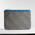 POUCH_L_CANVAS_CUBE_PATENT_CALF_BLACK_WHITE_BLUE_PIERRE_HARDY_01