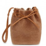 Mini_Bucket_Bag_Shearling_Camel_Detail_1_180806_640x