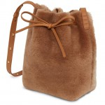 Mini_Bucket_Bag_Shearling_Camel_Detail_2_180806_640x