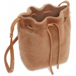 Mini_Bucket_Bag_Shearling_Camel_Detail_3_180806_640x